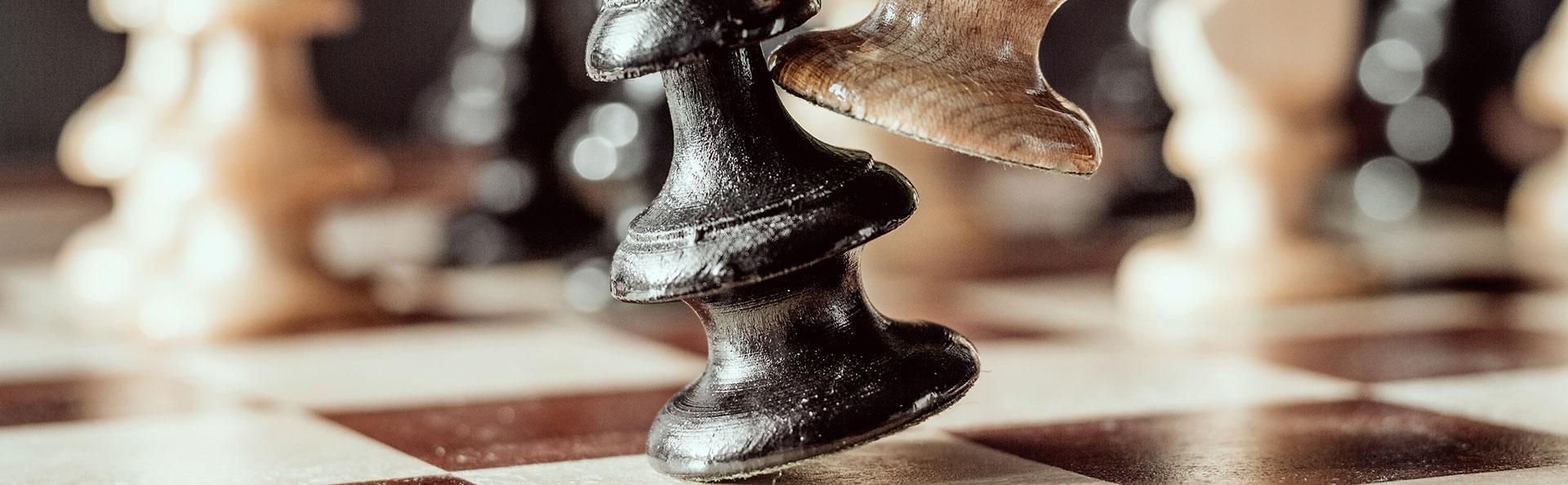 Header schaken - Brouwer Advocatuur